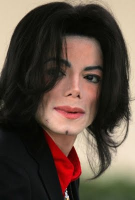 http://michaeljoejacksonvivo.files.wordpress.com/2011/05/20090625215427_89287_large_michael-jackson.jpg?w=334&h=496